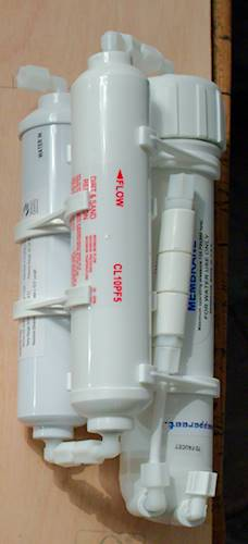 The reverse osmosis filter. Via a valve I can start or stop production of osmosis water by this unit.